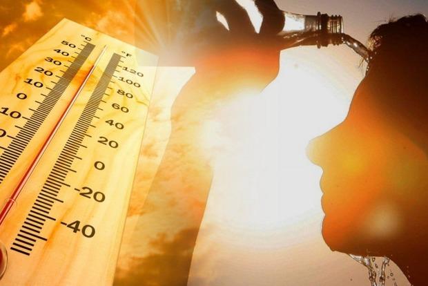 Зной, засуха и бури с градом: синоптики прогнозируют аномальное лето в Украине