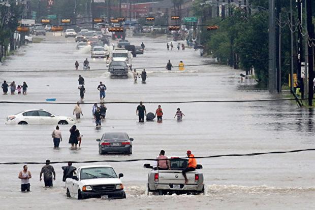 Ураган «Харви»: на одном из химзаводов США объявили угрозу взрыва