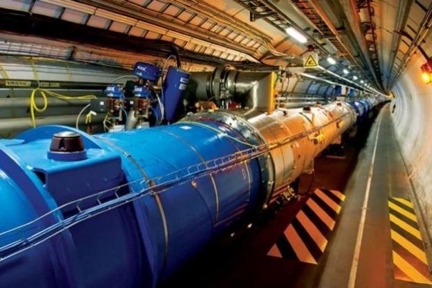 Россия отказалась от членства в CERN
