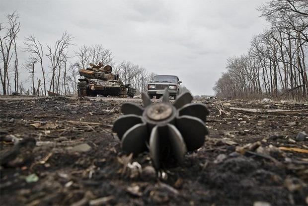 Силы АТО отбили атаку террористов под Светлодарском