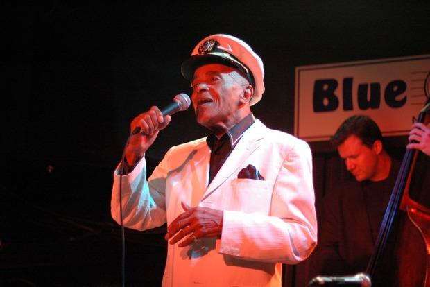 Легендарный джазовый певец скончался в США