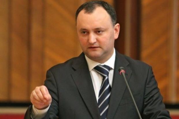 Додон объяснил, почему запретил молдавским военным ехать на учения в Украину