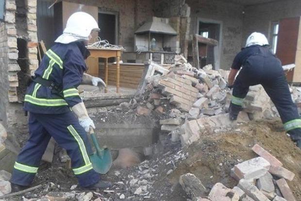 Трактор насмерть засыпал мужчину землей во Львове