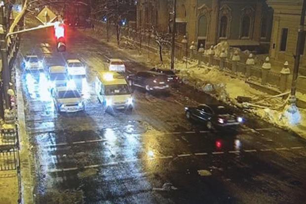 В Киеве после 5 месяцев разблокирована для проезда улица Грушевского