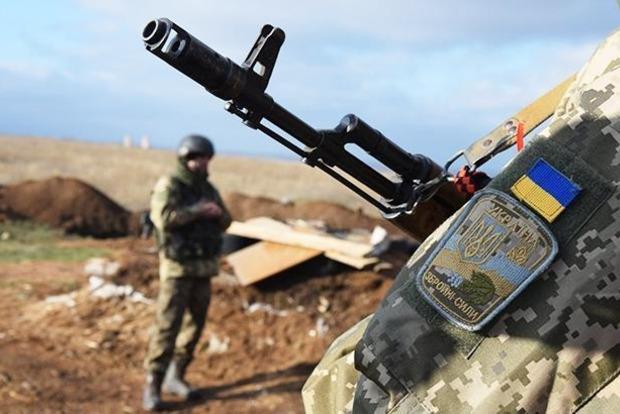 Боевики 26 раз обстреляли позиции ВСУ, двое военных ранены
