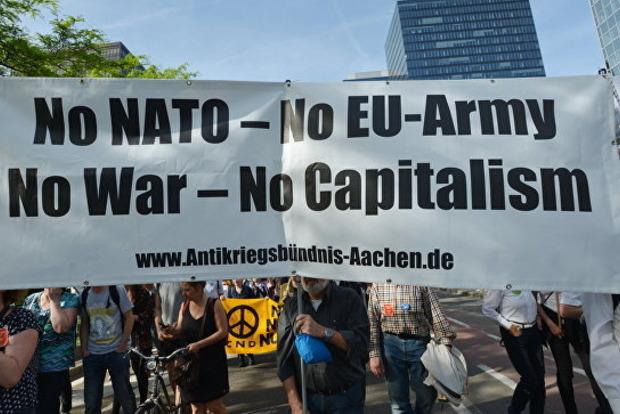 В Брюсселе протестовали против участия Дональда Трампа в саммите НАТО