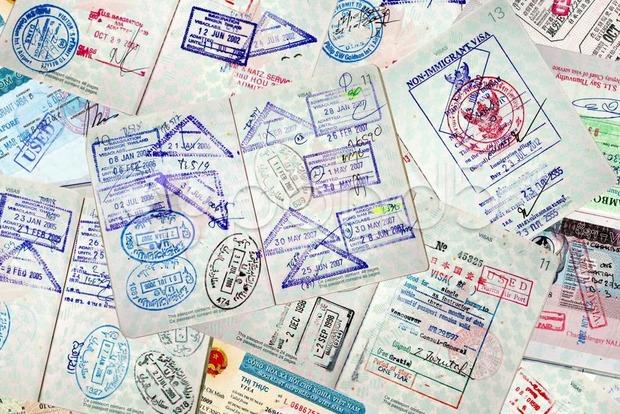 Украина разделила 41-ю строчку в рейтинге паспортов Henley Passport Index вместе с Вануату