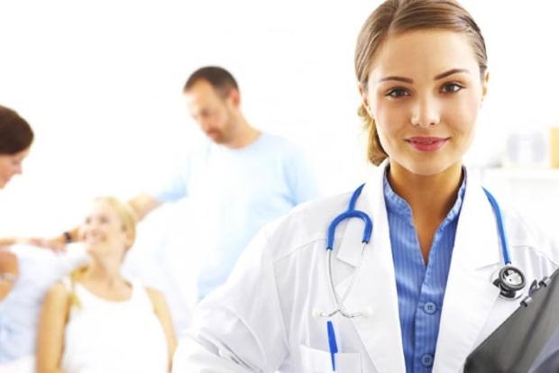 Розенко анонсировал с 2017 года начало страховой медицины