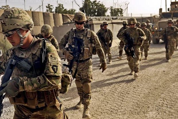 США выводит часть войск из Ирака и Афганистана