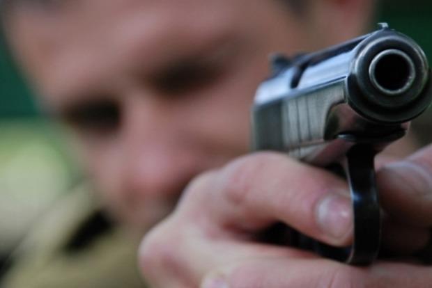 В Виннице мужчина расстрелял посетителей кафе из-за девушки