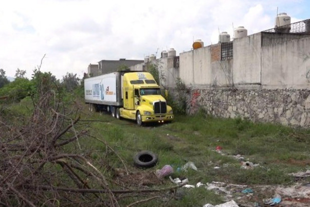 Морг на колёсах. В Мексике нашли 157 трупов в грузовике