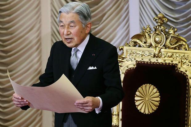 Кабмин Японии одобрил отречение от престола императора Акихито