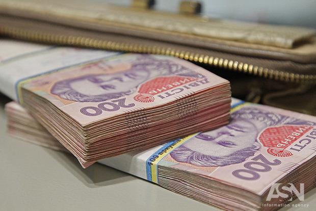 Транш не поможет: девальвация гривны была запланирована правительством