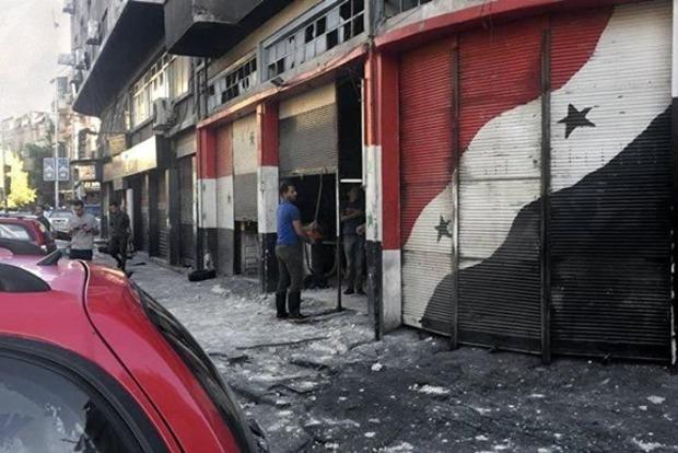 Террористы-смертники подорвали полицейский участок в Дамаске