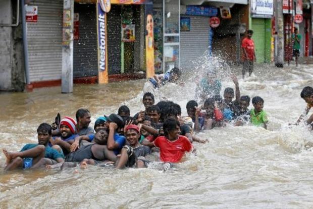 Наводнение на Шри-Ланке: количество погибших превысило 150 человек