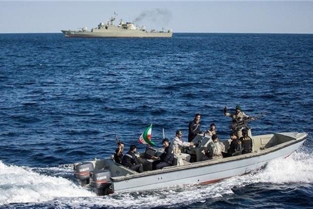 Иран атаковал американский авианосец, пока только макет