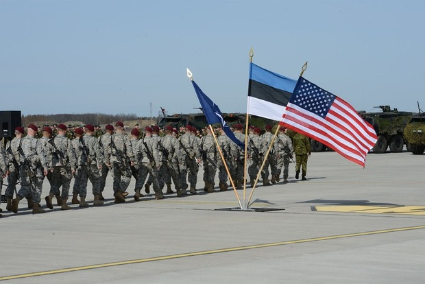 В Эстонии начал нести службу батальон НАТО