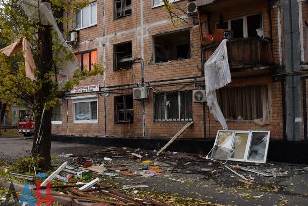 В «ДНР» пытаются понять причину взрыва в многоэтажке Донецка