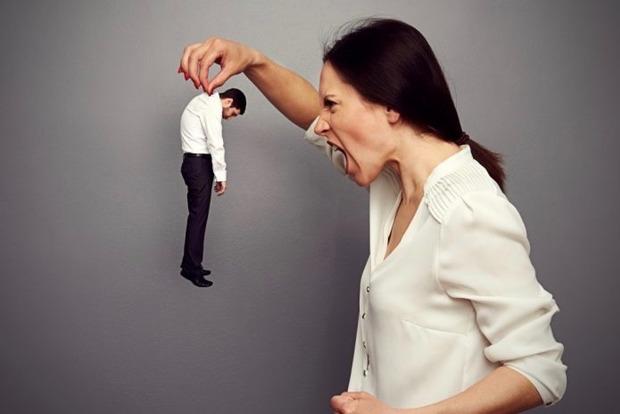 Біжи від нього: 9 ознак того, що ваш партнер псих і тиран