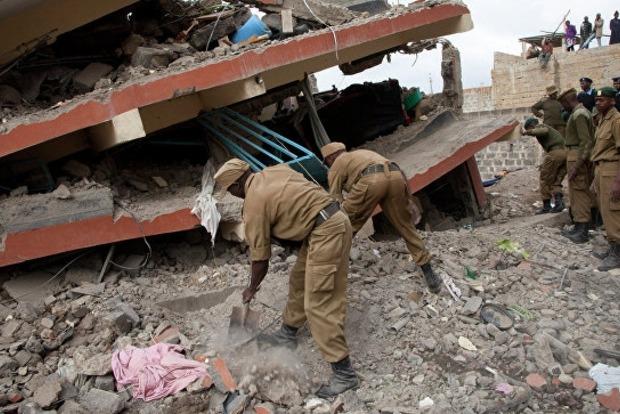В Кении рухнула стена больницы, есть погибшие
