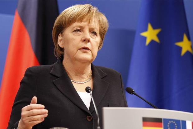 Ангела Меркель обеспокоена обострением ситуации на Донбассе