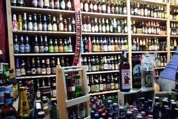 Власти Киева договорились с торговцами алкоголя в МАФах