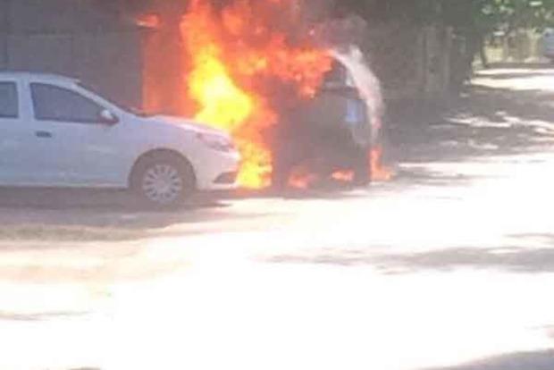 У Києві вибухнув припаркований Lexus