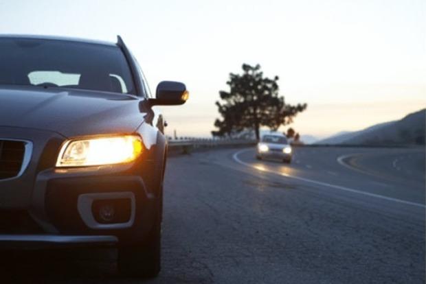 С1октября водители обязаны включать ходовые огни при движении загородом