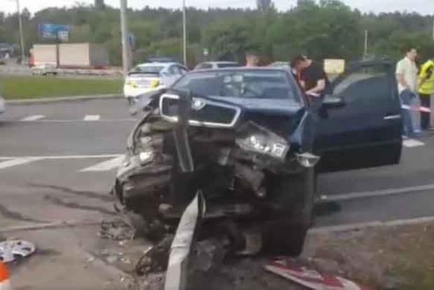 Жуткое ДТП с такси в Киеве: один человек погиб, много пострадавших