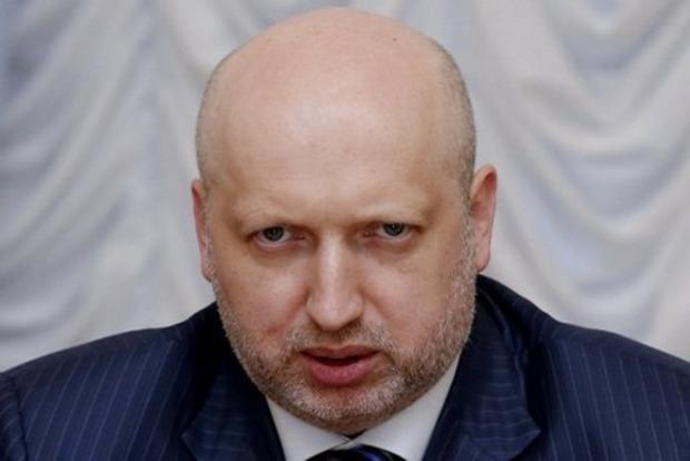 За сутки зафиксирован максимально интенсивный огонь на Донбассе за год - Турчинов