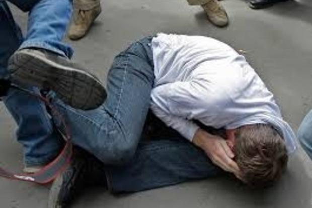Под Киевом старшеклассники жестоко избили школьника