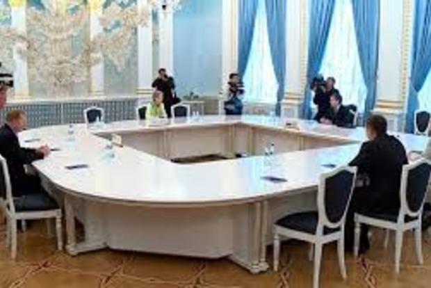 Стало известно, когда контактная группа вновь соберется в Минске