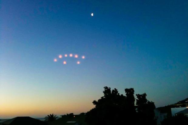 Огромное V-образное НЛО наблюдали во Флориде