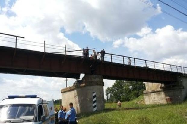Чиновники в Харьковской области растратили деньги на ремонт моста