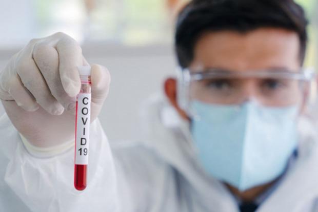 Різке зростання захворюваності коронавірусів в Україні - більш ніж на 30% за добу