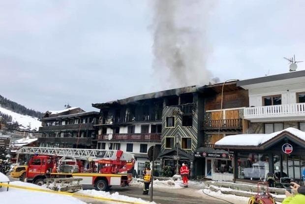 МЗС: Громадяни України під час пожежі в Куршевелі не постраждали