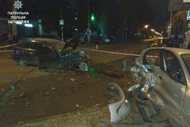 В Запорожье пьяный сотрудник СТО угнал авто клиента и устроил масштабное ДТП