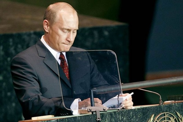 Путин утверждает, что «государственный переворот» в Украине устроили извне