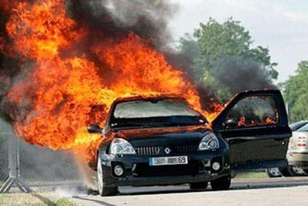 Виновник ДТП в Нью-Йорке дал пассажирке сгореть заживо