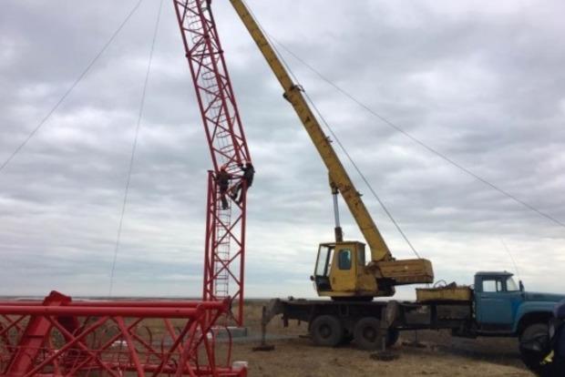 На Чонгаре началось строительство 150-метровой вышки для вещания на Крым