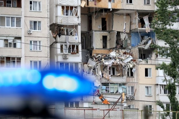 Продолжаются работы по ликвидации последствий взрыва в Киеве 21 июня