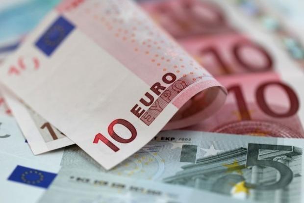 От хорошей жизни. Эксперты назвали причины стремительного роста курса евро в Украине