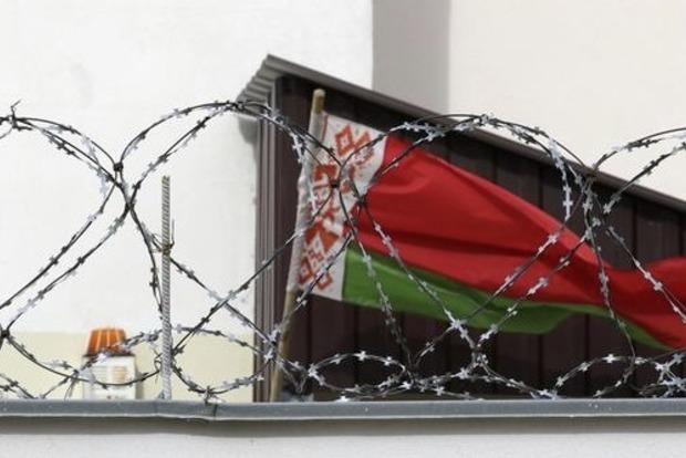 Беларусь с Латвией обменялись высылками послов