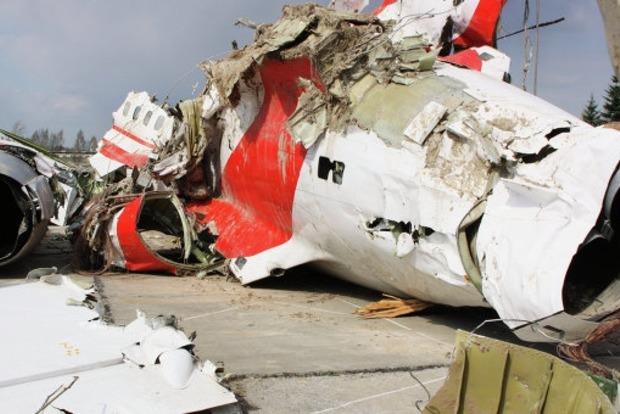 Авария на самолете Качиньского произошла до крушения - Минобороны Польши