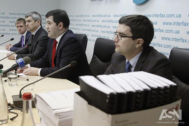 Адвокаты Насирова подозревают, что за его делом стоит один из министров