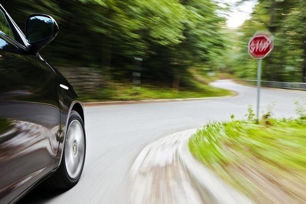 50 кілометрів поповзом. З сьогоднішнього дня відновлено обмеження швидкості на дорогах