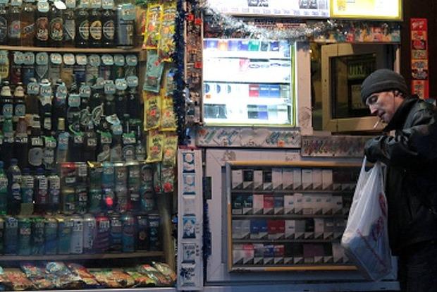 Кличко запретил ночью торговать алкоголем в киосках