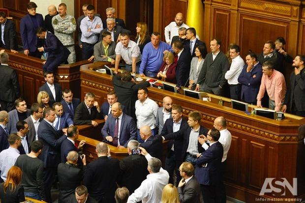 У Ляшко готовы голосовать за закон о реинтеграции без правки по Минским соглашениям