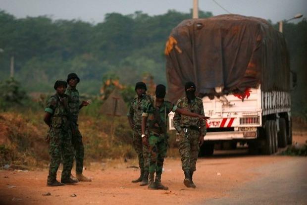 Протесты в Кот-д'Ивуаре: Солдаты обстреляли противников мятежа