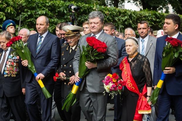 Порошенко уверен, что украинцам удастся восстановить целостность государства